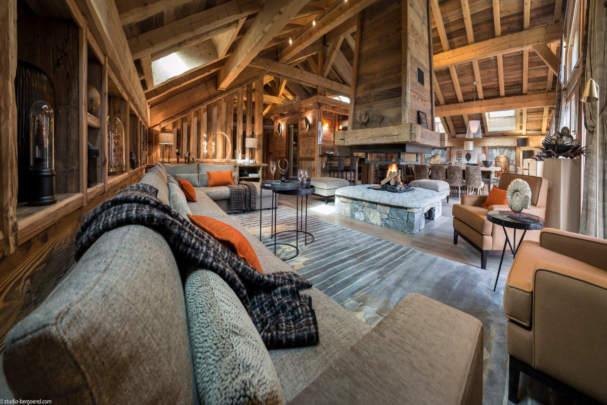 Chalet Julie, Grand Bornand (self catered chalet) - Living area with open fireplace