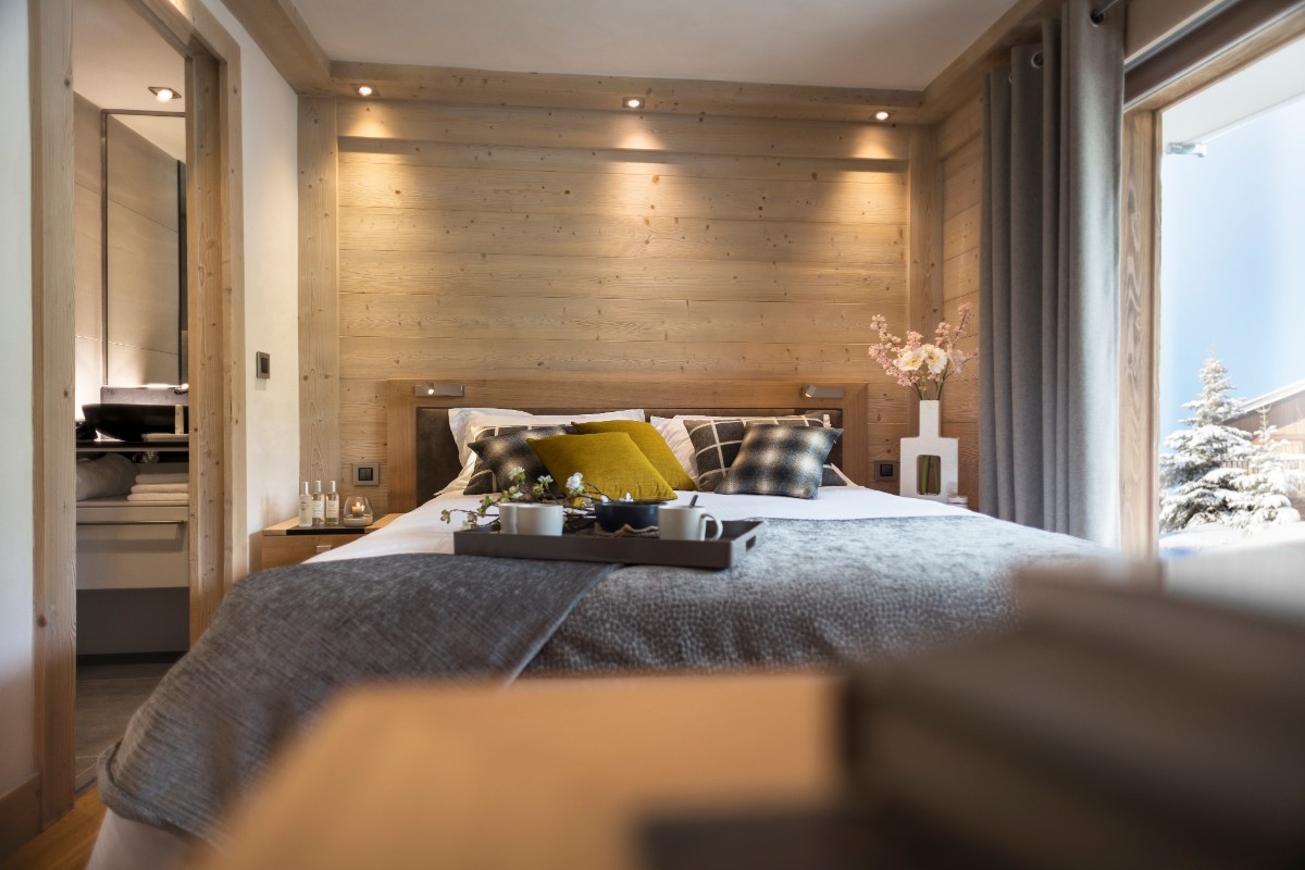 Le Roc des Tours, Grand Bornand (self catered apartments) ©MGM-studio Bergoen - Double Bedroom