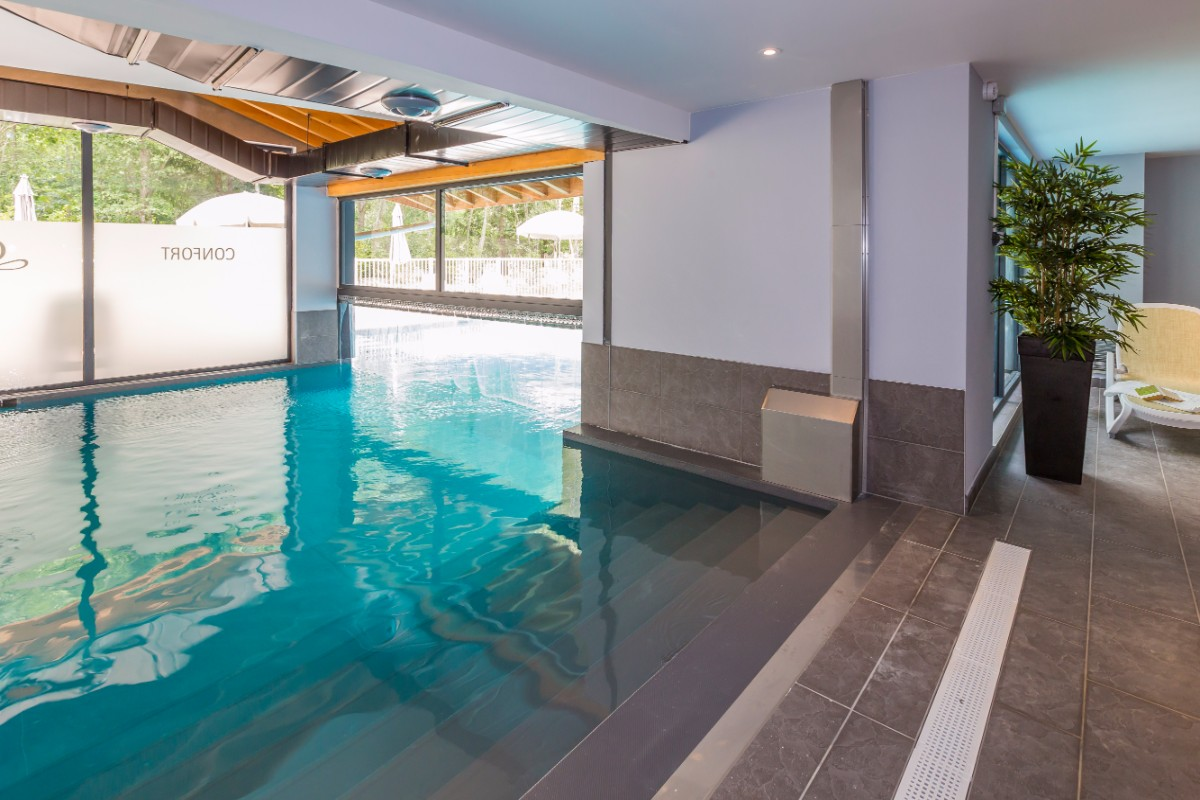 Isatis, Chamonix (self catered apartments) - Indoor Pool
