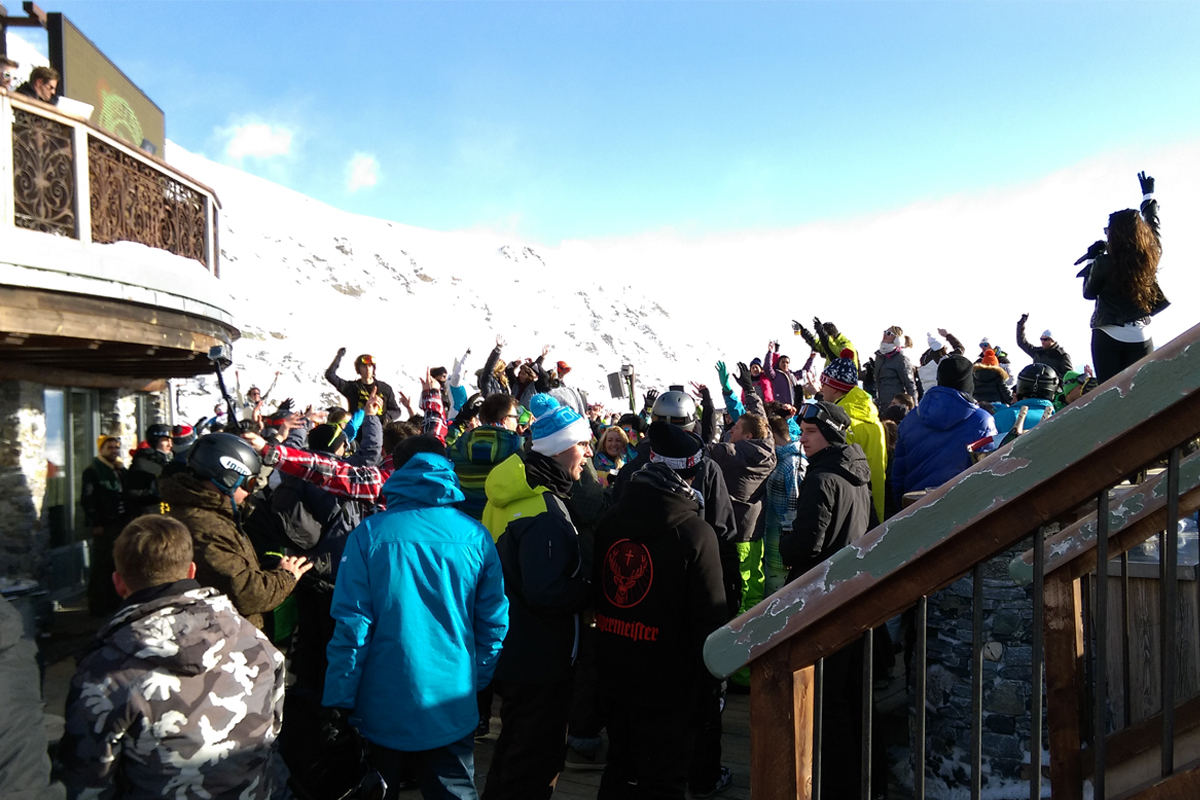 The outdoor dance floor at La Folie Douce in Alpe d'Huez