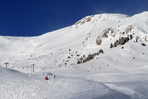 Looking towards the 'Chalvet' red piste