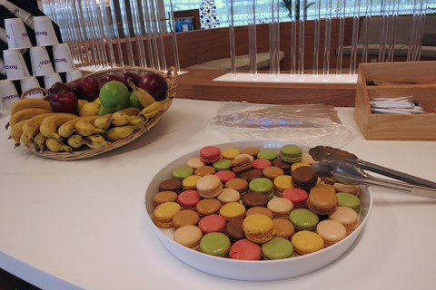 A last taste of France with Macarons at the Eurotunnel FlexiPlus lounge