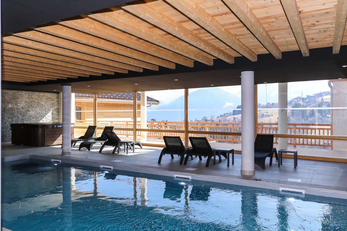 Fermes du Mont Blanc, Combloux (self catered apartments) - Indoor pool