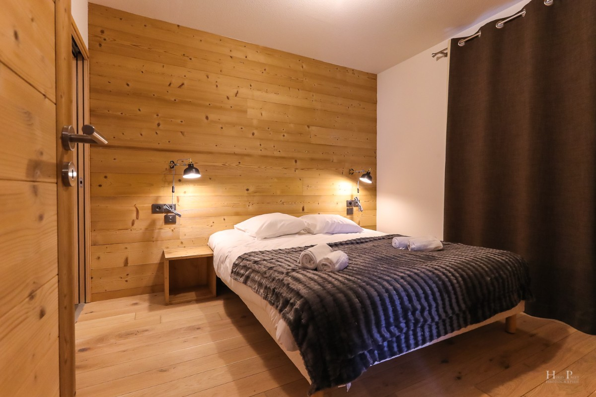 Fermes du Mont Blanc, Combloux (self catered apartments) - Double bedroom