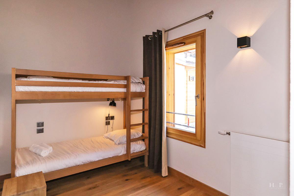Fermes du Mont Blanc, Combloux (self catered apartments) - Bunk room