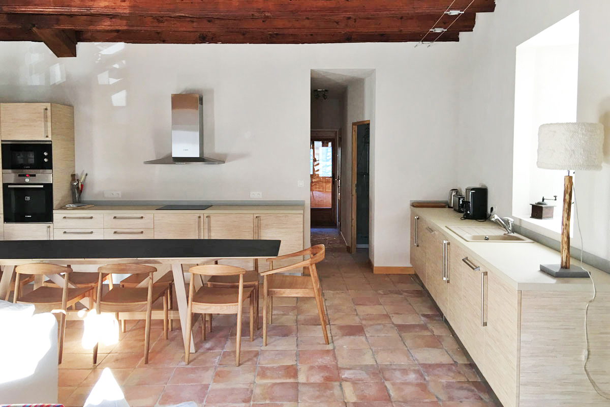 Maison du Bourg, Samoens (self catered chalet) - Kitchen/dining