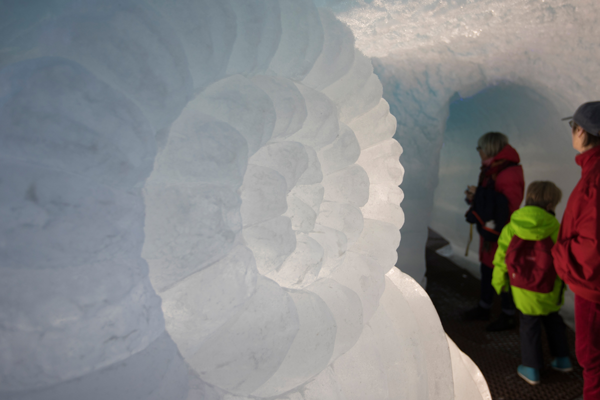 Ice cave sculpture