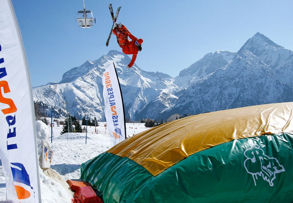Les 2 Alpes Ski Resort - Air bag