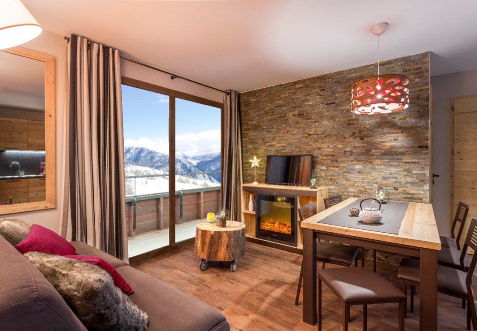 Altaviva | Tignes 1800 Summer Ski Apartments | Peak Retreats