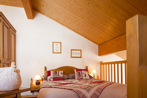 A bedroom at Hotel le Sherpa
